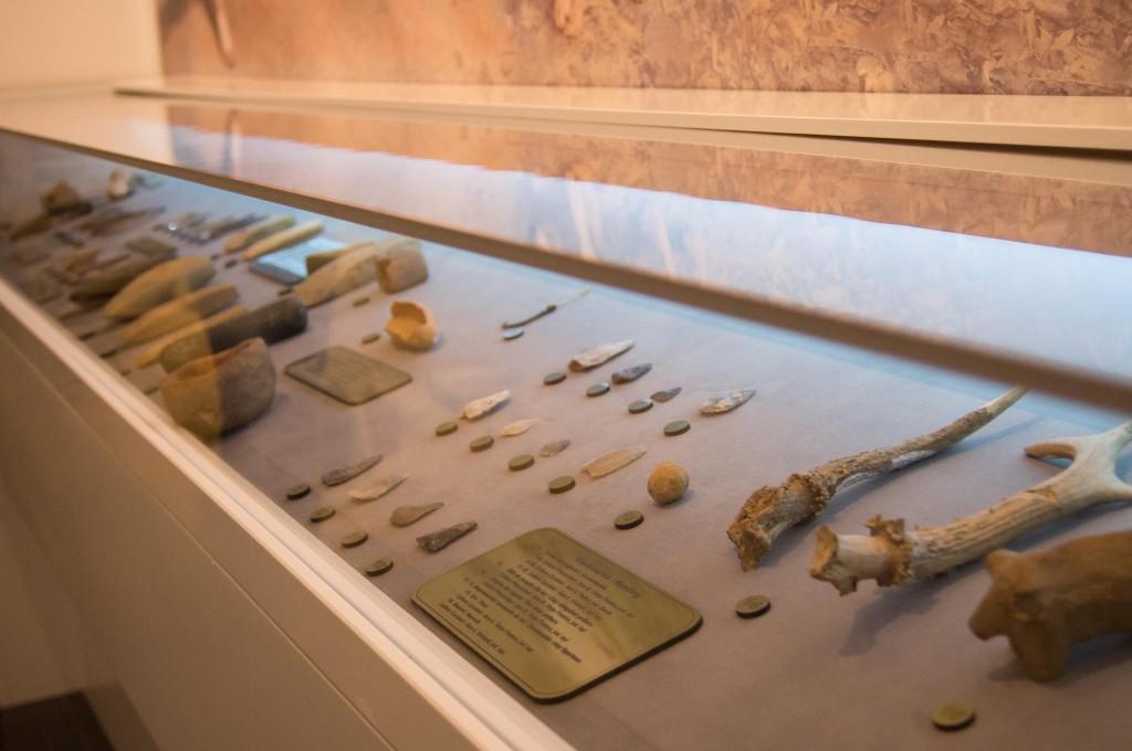 Muzeul Universităţii A.I. Cuza – Vechi, nou, Cucuteni, primăvară