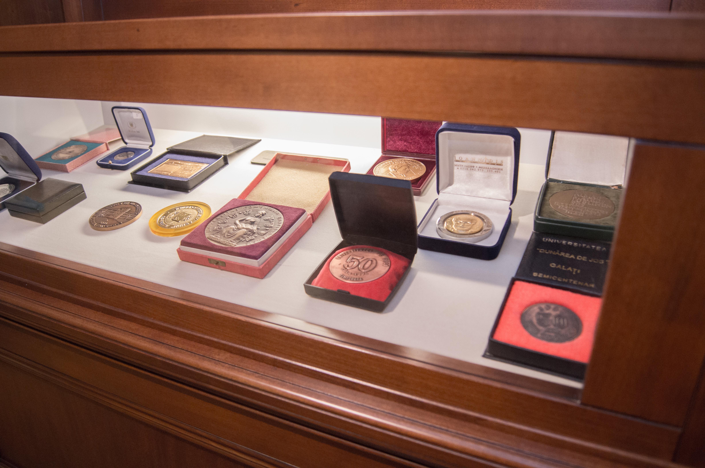 Muzeul Universităţii A.I. Cuza, Iasi - Medalii
