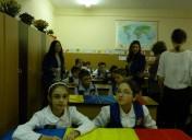 """Activitate """"România, țara mea"""" la clasele a V-a"""